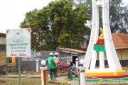 Construction du monument du cinquantenaire